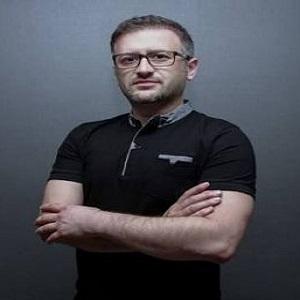 Op. Dr. Rıza Kantürk